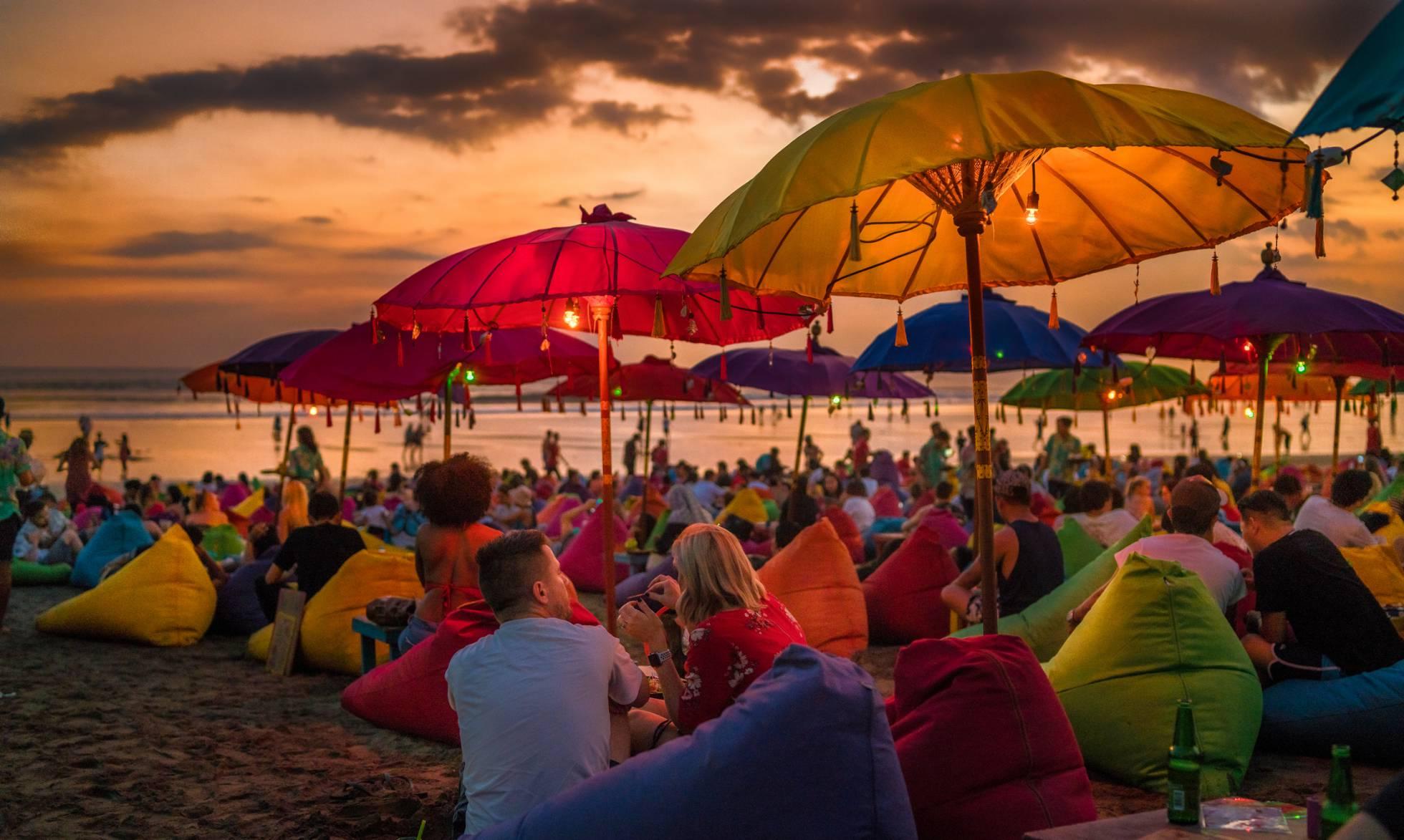 Bali: playa, templos y puestas de sol